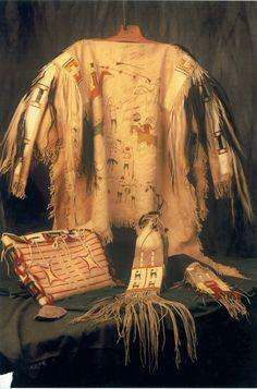 Native American Shirts, Native American Beadwork, Mountain Shirts, Wisdom Quotes, Fun Stuff, Spirit, War, Clothes, Beautiful