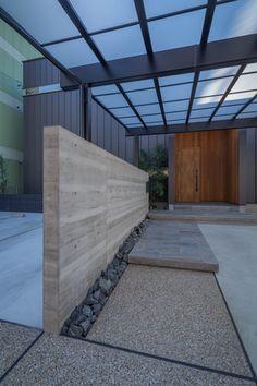 レッドシダーのエントランスゲート・間取り(愛知県犬山市)   注文住宅なら建築設計事務所 フリーダムアーキテクツデザイン