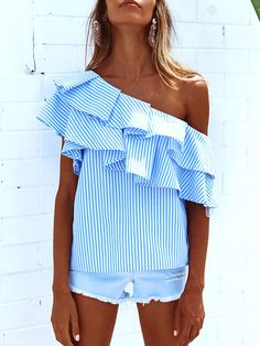 30 One Shoulder Oufits  a.k.a The Single Sleeve Masterpieces #one #shoulder #top #outfit #summer #asymmetrical