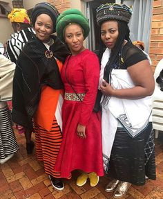 Xhosa Attire, African Attire, Traditional African Clothing, African Beauty, Sari, Relationship, Crown, Culture, How To Wear