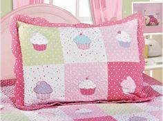 Colcha/Cobre-Leito Infantil Camesa - Patchwork Cupcake 2 Peças com as melhores condições você encontra no Magazine Gatapreta. Confira!