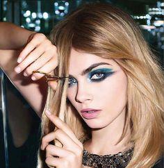 Cara Delevingne ~ Summer eye makeup - #eyemakeup #eyes #summermakeup
