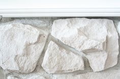 Terrific Free of Charge whitewash Stone Fireplace Suggestions DIY Fireplace Stone Makeover Whitewash Stone Fireplace, White Stone Fireplaces, Stone Fireplace Makeover, Fireplace Update, Paint Fireplace, Fireplace Remodel, Fireplace Ideas, Painted Rock Fireplaces, Stone Fireplace Decor