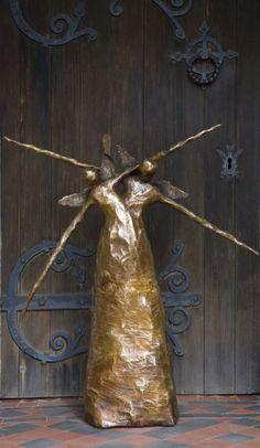 Fonderie bronze coulé jardin ou la cour / extérieur et de la sculpture en plein air par l'artiste Elizabeth Rollins-Scott intitulé: «The Lovers (bronze Profondément heureux abstraite statue statuette)»