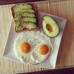 Sunny side up eggs, whole wheat toast w/avocado salt/pepper