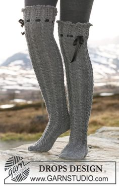 """Ravelry: Long socks in """"Fabel"""" with cables, lace pattern and silk ribbon pattern by DROPS design. Crochet Slippers, Knit Crochet, Crochet Granny, Woolen Socks, Magazine Drops, Cozy Socks, Fun Socks, Drops Design, Thigh High Socks"""