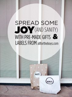Kid Inspiration - All for the Boys - Spread some joy (and sanity) this Holidayseason. Free printable tags to make small gifts to keep or leave as random acts of kindness. A great way to get kids excited about giving this Holiday season! #ad @Avery #freeprintables