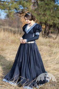 """This dress is a part of our """"Lost Princess"""" fantasy costume. This simple and elegant cotton fantasy dress provides medieval style and fairy tale look Medieval Dress, Medieval Fashion, Medieval Clothing, Viking Dress, Travel Dress, Gala Dresses, Long Dresses, Dress Long, Fantasy Dress"""