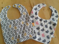 Pink bunny bib or yellow chick bib! Cute gifts for Easter. 9,50€ each. Click through to check them out!