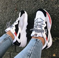 y first pair of sneakers from Fila 🙈 and I'm in love with them! So comf Shoes is part of Chunky sneakers - y first pair of sneakers from Fila 🙈 and I'm in love with them! So comf y first pair of sneakers from Fila 🙈 and I'm in love with them! So comf Moda Sneakers, Sneakers Mode, Sneakers Fashion, Shoes Sneakers, Platform Sneakers, Fashion Shoes, Sneaker Heels, Shoes Heels, Red Adidas Shoes