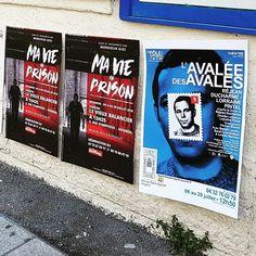 Pose d'affiches au #festival @avignonleoff pour les #spectacles L'avalée des avalés au #théâtre Le Petit Louvre et Ma vie en prison de @d.siby2018 au Vieux Balancier à #avignon #avignonleoff