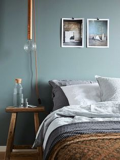 - love this colour and the bedding