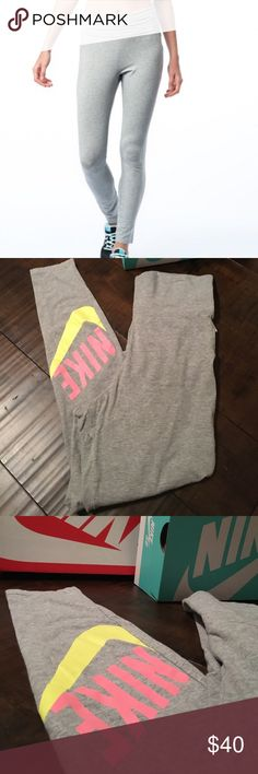Nike Leggings Sz S- new condition Nike Pants