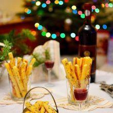 Sărăţele rapide cu telemea şi smântână | Bucate Aromate Alcoholic Drinks, Food, Sweets, Alcoholic Beverages, Meals, Liquor, Alcohol Mix Drinks