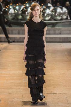 Pin for Later: Les 9 Plus Grandes Tendances Sorties de la Fashion Week de Paris  Isabel Marant