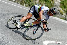 Absolute SICK descending skills. @petosagan at 68kph. [via @veloimages]  RELATED: 6 Road Tires Worth Paying More For - http://www.bikeroar.com/tips/6-road-tires-worth-paying-more-for?utm_content=buffer55016&utm_medium=social&utm_source=pinterest.com&utm_campaign=buffer.   #petersagan #petosagan #tdf2016 #tdf2016 @tinkoff_team #iamspecialized #speedfreak #uci #procycling #cyclingphotos