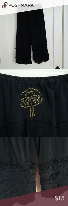 Ruffle-Legged festival pants Ruffle Legged festival pants with cute heart emblem on bum! 100% cotton. Avatar  Pants Capris