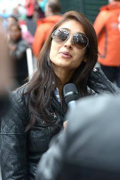 Ileana DCruz interacts with the media at the TOIFA awards #Bollywood #Fashion