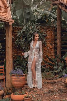 Beach cover ups are the perfect way to dress up your swimwear and give it a resort wear look for your next vacation. Here are the top trends this summer. Pool Party Outfits, Beach Vacation Outfits, Boho Fashion, Fashion Outfits, Beach Cover Ups, Beach Tops, Swimsuit Cover Ups, Estilo Boho, Beachwear For Women