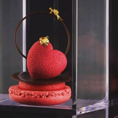 A romantic creation made with Cupido mould by ! Zumbo Desserts, Gourmet Desserts, Fancy Desserts, Fancy Cakes, Plated Desserts, Just Desserts, Delicious Desserts, Chocolate Showpiece, Chocolate Art