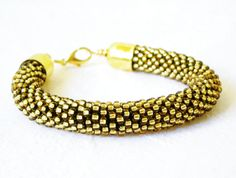 Golden Bracelet Crochet - by luthienart76, €15.00