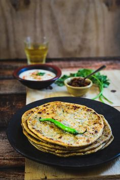 Kacche Papite Ka Paratha or raw papaya flatbread is a nutritious accompaniment to gravy dishes and curries, that uses the papaya vegetable in its raw form, therefore with all its nutrients intact.