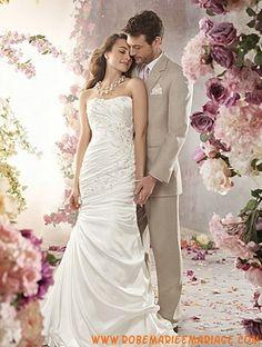 Robe de mariée taffetas application drapée sans bretelles