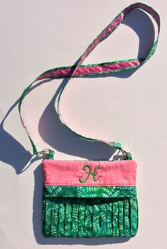 I made this ITH Pickle Pie Designs gathered purse for my youngest daughter using batiks from my store inventory. Pickle, Gifts For Family, Daughter, Purses, Sewing, Store, Bags, Fashion, Handbags