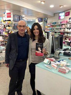 En una farmacia de Madrid, para Telemadrid, hemos recetado libros, en vez de medicamentos.   http://www.gaspar-hernandez.com/prensa/