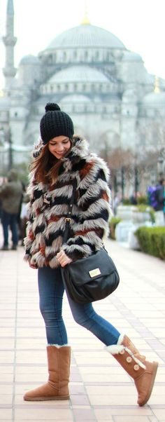Cozy fur jacket with ugg boots