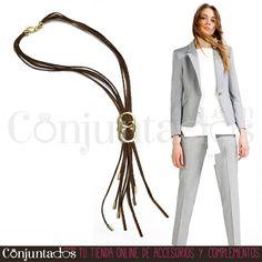 Precioso y ligero #collar con tiras de ante marrón y metal dorado que irá fenomenal para ir al trabajo adornada discretamente ★ Precio: 14,95 € en http://www.conjuntados.com/es/collares/collar-con-tiras-de-ante-marron-y-metal-dorado.html ★ #novedades #necklace #conjuntados #conjuntada #joyitas #jewelry #bisutería #bijoux #accesorios #complementos #moda #fashion #fashionadicct #picoftheday #outfit #estilo #style #GustosParaTodas #ParaTodosLosGustos