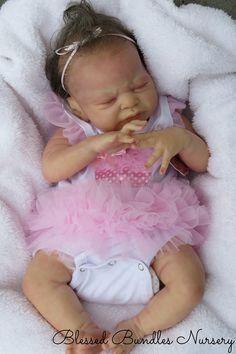 "Laura Lee Eagles' ""Miracle"" Sculpt Beautiful Babies, Beautiful Dolls, Laura Lee, Baby Pop, Realistic Baby Dolls, Reborn Baby Dolls, Vintage Dolls, Baby Sleep, Paper Dolls"
