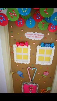 25 Best Office Door Decorating Competition Images Doors