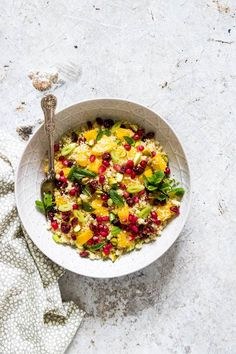 Quick and easy orange pistachio pomegranate couscous salad recipe ready in less than 15 mins. A colourful vegan and vegetarian side dish – recipesfromapantry.com #couscous #couscoussalad #easycouscous #christmasrecipe #howtomakecouscoussalad #vegetariancouscous #moroccancouscous