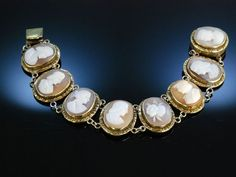 1840s cameo bracelet, probably souvenir from the Grand Tour