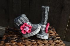 Crochet Boots brown and tan with pink flower and by mybabyVOGUE
