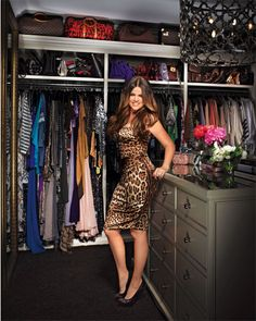 Khloe Kardashian - can I have that walk in please?