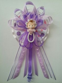 Baby shower corsage for $10 by Fancy Little Favors! follow us on Facebook: http://www.Facebook.com/fancylittlefavors