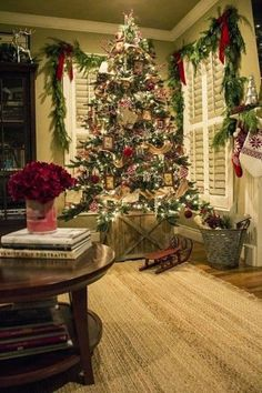 awesome 40 Cozy Chistmas House Decoration  https://homedecorish.com/2017/11/15/40-cozy-chistmas-house-decoration/