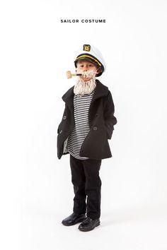 ¡Disfraz de marinero! Para saber como hacerlo haz click en el link: http://ohhappyday.com/2014/10/sailor-costume/#more-28317