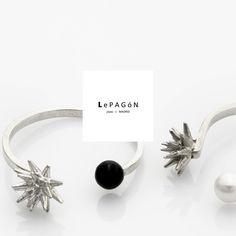 #anillos mimosa en #plata con #onix o #perla! #estrellas, #cactus... pinchitos para la familia y clientes! ! ✴ ✴ ✴ mimosa #ring 925 #sterling #silver with onix or #pearl! . . #LePAGoN #joyas #Madrid #handmade #jewelry #design #minimal #love #bijoux http://www.lepagon.com/anillo-mimosa_63.htm