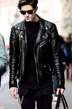 Casual Wear Style Tips To Dress Like A Pro! is part of Leather jacket men - Get Semi Formal & Casual Wear Style Tips There are several topics that can be described in an article; however some golden tips always exist as a shortcut Leather Fashion, Leather Men, Mens Fashion, Leather Jackets, Biker Jackets, Black Leather, Fashion News, Men's Jackets, Biker Leather