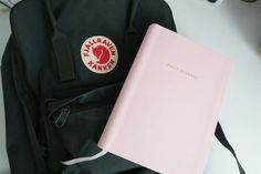 classic black kanken and pink notebook, that's what I need