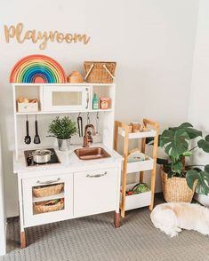 Gender-neutral playroom designs are trending and are letting the usual toddler bedroom room designs take a back seat. Take a plunge into a gallery full of shared room ideas here. Playroom Design, Playroom Decor, Montessori Ikea, Nursery Room, Kids Bedroom, Ikea Play Kitchen, Play Kitchens, Toddler Kitchen, Toddler Playroom