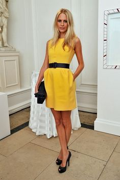 Poppy Delevingne Day Dress - Poppy Delevigne pulled out the perfect yellow dress for a party in London. Poppy Delevingne, Delevigne Cara, Day Dresses, Nice Dresses, Look Formal, Street Style, Mellow Yellow, Bright Yellow, Yellow Dress