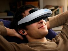 Sony HMZ-T2, nuevo visor personal 3D ahora más cómodo  http://www.xataka.com/p/95649