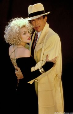 Tracy and Breathless Mahoney... classic color palette that extended beyond the fashions to the entire film....