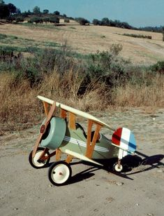 Make It Easy, Easy Diy, The Plan, How To Plan, Fun Projects, Wood Projects, Diy Welding, Vintage Airplanes, Ride On Toys