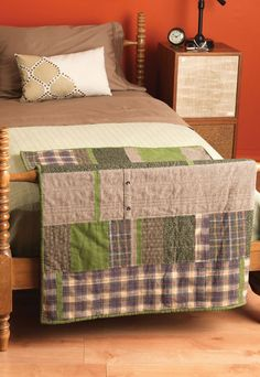 Have unused clothing or fabric laying around? Upcycle them into a beautiful patchwork blanket for your home!
