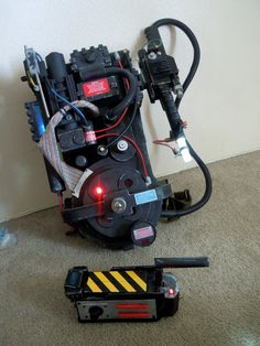 GHOSTBUSTERS PROTON PACK AND GHOST TRAP Click link for Proton Pack #2 ritter99.deviantart.com/art/Gh…